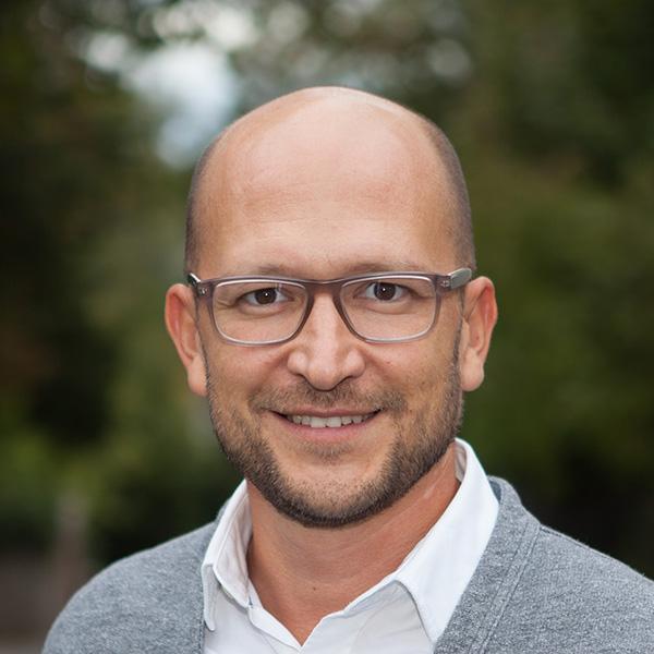 Dr. med. Pavel Hilbert
